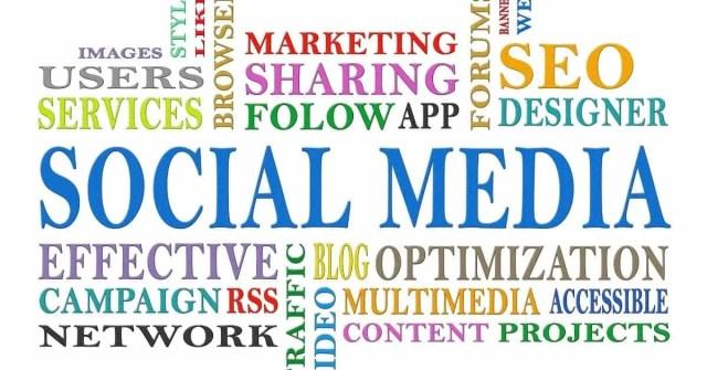 xocial media tips sign