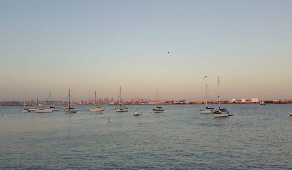 San Diego. Von unserem Hotel aus hatte man einen perfekten Ausblick auf Downtown. Sehr stimmungsvoll der allabendliche Sonnenuntergang.