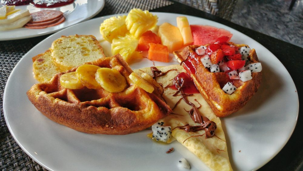 Das Angebot zum Frühstück im Mantra Sakala war einfach nur der Hammer. Hier sieht man den süßen Abschluß meines morgendlichen Mahls. Wenn das nicht lecker aussieht und gemundet hat es sowieso. *yammy