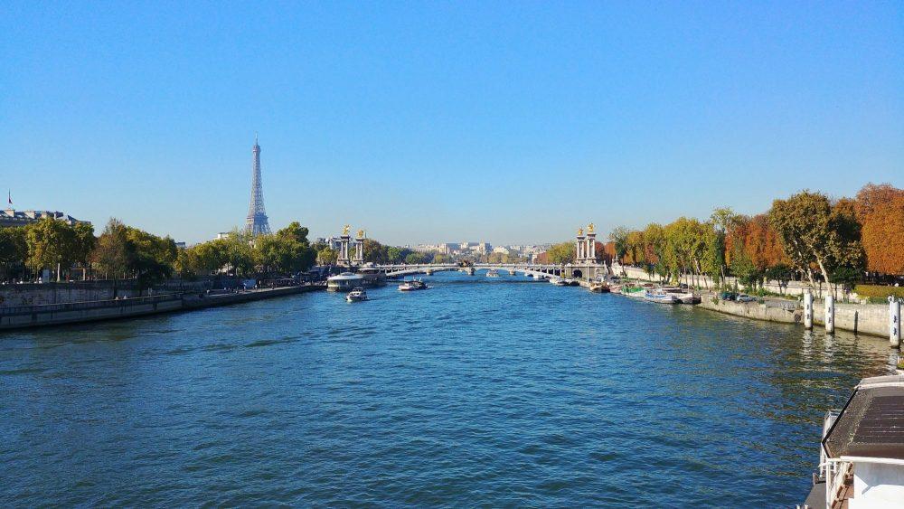 Bonjour Paris oder auch absolutes Kaiserwetter, zwei Knalltüten und die Stadt der Liebe