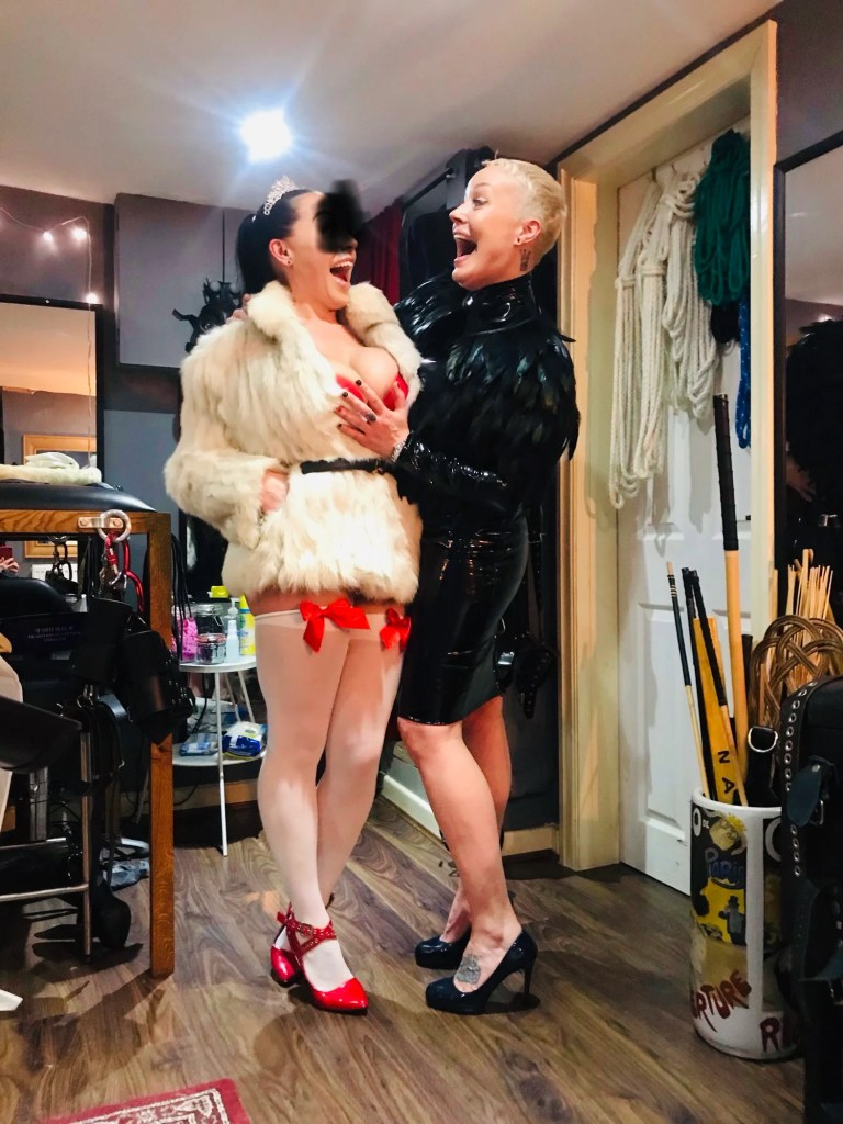 The Leeds BDSM Playroom home to the Leeds Mistresses.