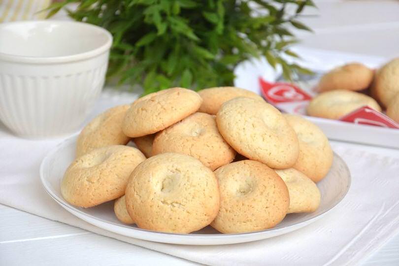 Biscotti al latte  Ricetta Biscotti al latte di Misya