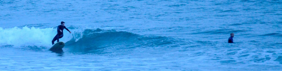 Surfer am Strand von Pouldu
