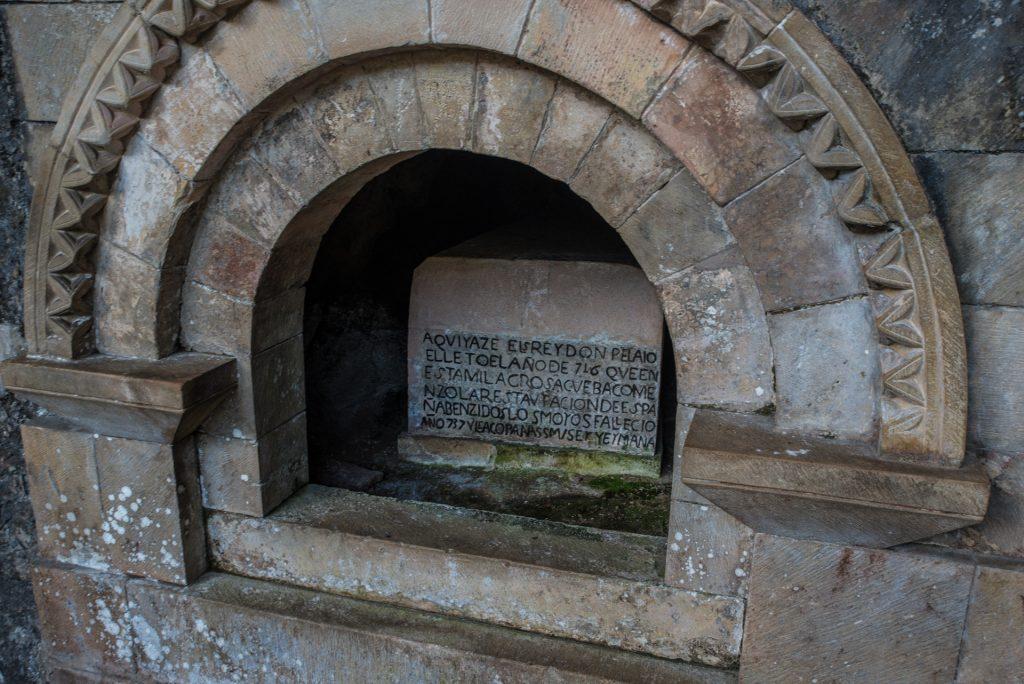 Grab des König Pelayo - Covadonga