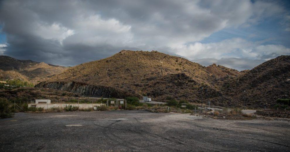 Rettender Parkplatz über dem Playa Macenas