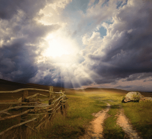 sunshine-clouds-in-field