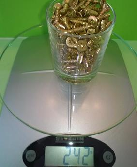 Die Schrauben wiegen 242 Gramm.