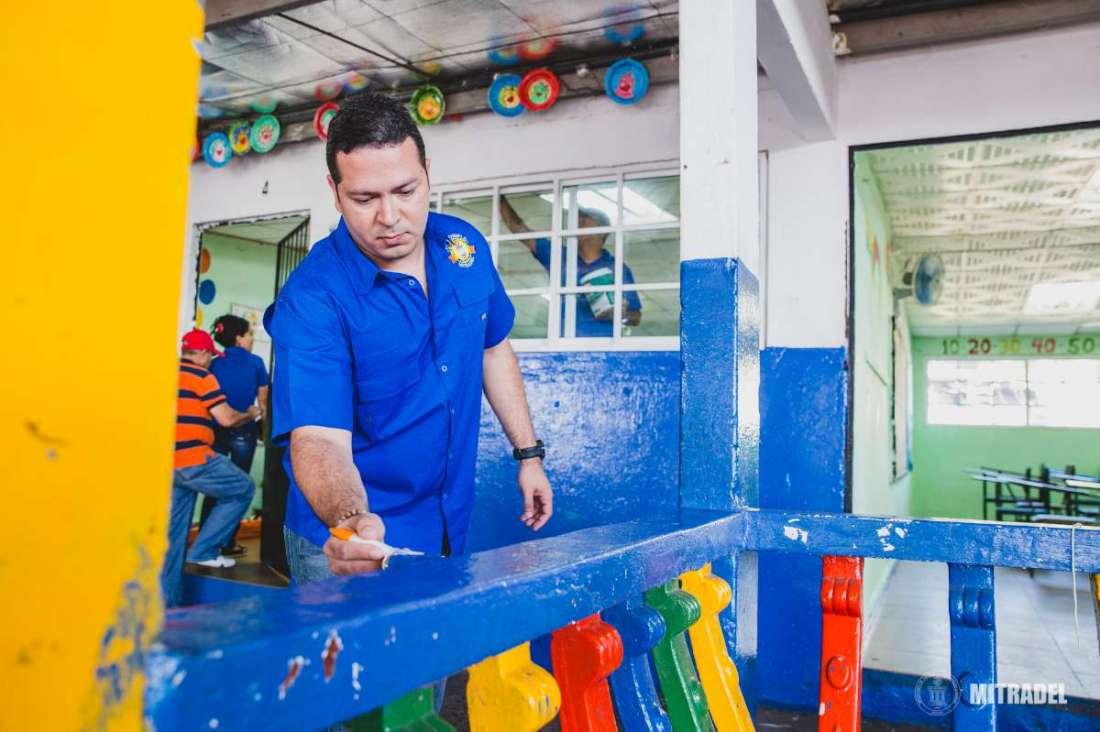 Funcionarios del MITRADEL participan de Voluntariado