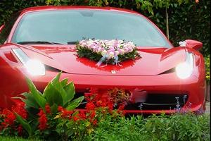 Die Automobilbranche wächst seit Jahren stetig, vor allem dank neuer Wachstumsmärkte in Nordamerika und China (Foto: Lupo, pixelio.de)