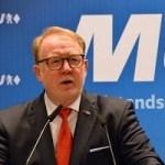 """""""Damit trägt die neue Koalition dem Umstand Rechnung, dass der Mittelstand das Rückgrat von Arbeitsmarkt, Ausbildung und Wachstum in Bayern ist."""""""
