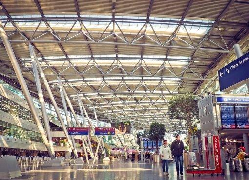 Geschäftsreise Foto Flughafen