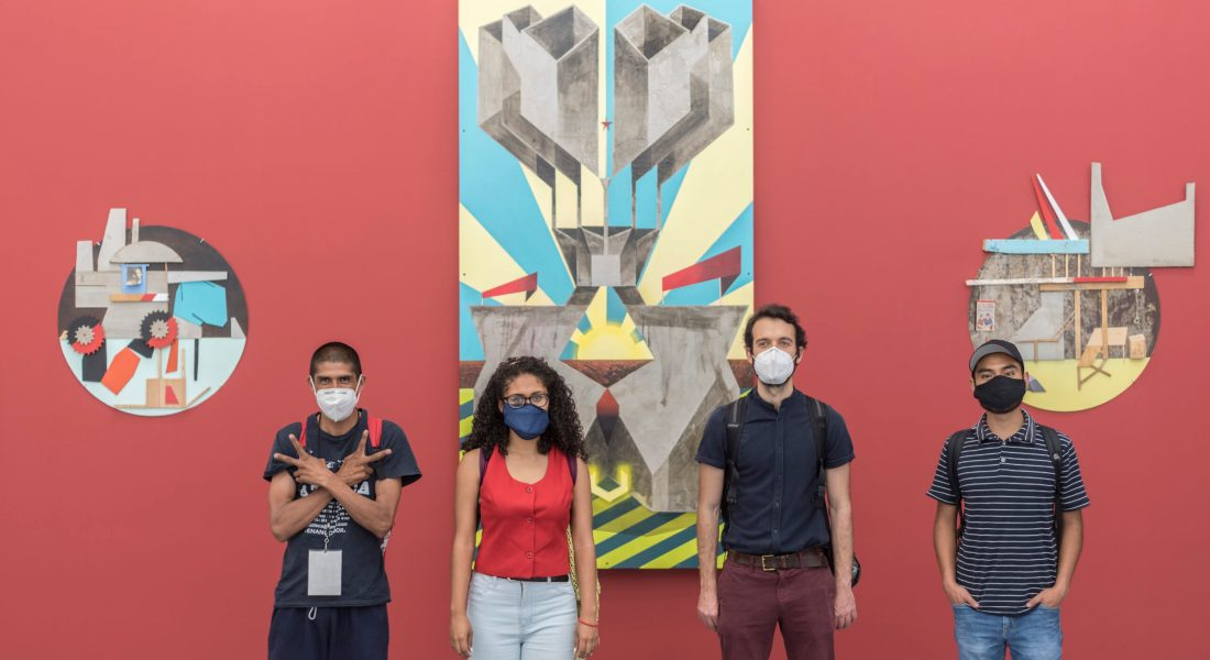 """Visita con los valedores a """"La importancia de ser autosuficiente"""", de Néstor Jiménez, en Proyectos Monclova"""