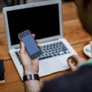 trabajador-freelance-buscado-IT
