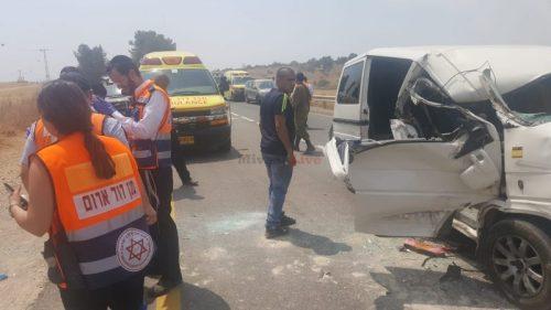IMG-20180605-WA0071-500x281 5 נפגעים בינוני וקל בתאונה בין משאית לרכב בכביש 38