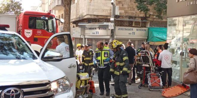 בן 50 נפצע אנוש בשריפה בבניין בירושלים