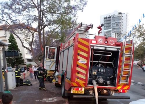 WhatsApp-Image-2021-05-06-at-19.27.46-1-500x357 שריפה פרצה במחסן בקרית מוצקין, אין נפגעים באירוע