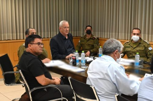 WhatsApp-Image-2021-05-10-at-21.19.56-500x333 השר גנץ: חמאס הפר את הריבונות הישראלית. הוא יישא בתוצאות