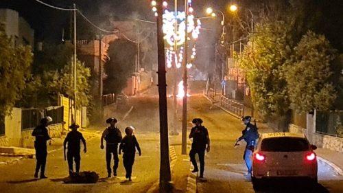 WhatsApp-Image-2021-05-16-at-15.16.05-500x281 כתב אישום הוגש נגד 4 תושבי ואדי ערה שתקפו שוטרים ויידו אבנים