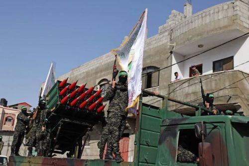 photo5298700161393996640-500x333 חמאס קיים עצרת המונית לרגל ''ניצחון ההתנגדות בקרב על חרב ירושלים''
