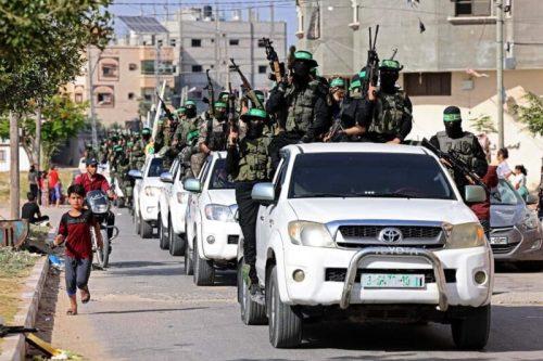 photo5298700161393996643-500x333 חמאס קיים עצרת המונית לרגל ''ניצחון ההתנגדות בקרב על חרב ירושלים''