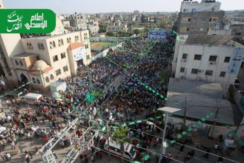 photo5875449402355726034-500x333 חמאס קיים עצרת המונית לרגל ''ניצחון ההתנגדות בקרב על חרב ירושלים''