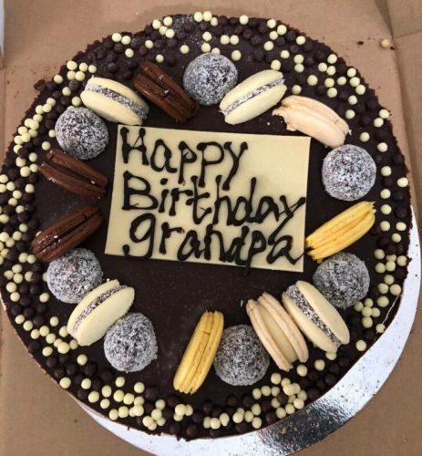 -יום-הולדת-463x500 מתכון לעוגת יום הולדת מפנקת במיוחד עם שכבות טורט שוקולד