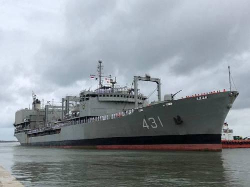 WhatsApp-Image-2021-06-02-at-09.47.31-1-500x375 דיווח: הספינה הגדולה ביותר בחיל הים האיראני עלתה באש וטבעה במפרץ עומאן