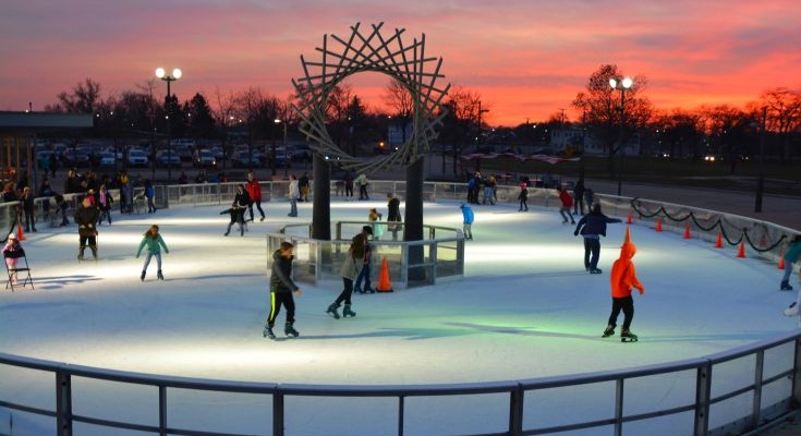 Ice Rink Sunset 735X400