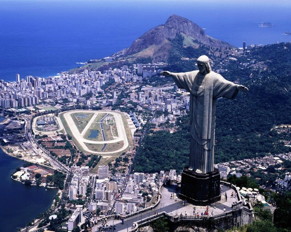 Seven-Wonder-Of-One-Wonder-In-Brazil-Christ-The-Redeemer