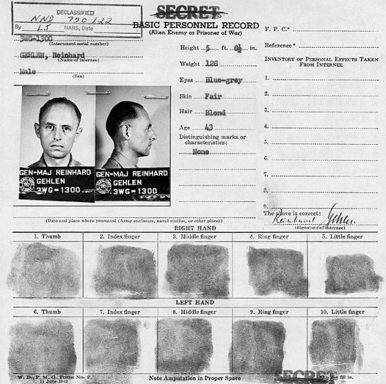 O ναζί υποστράτηγος που έγινε κατάσκοπος των Αμερικανών. Είχε θάψει σε μικροφίλμ απόρρητες πληροφορίες για τους Σοβιετικούς και δημιούργησε οργάνωση που δρούσε στη Δυτική Γερμανία