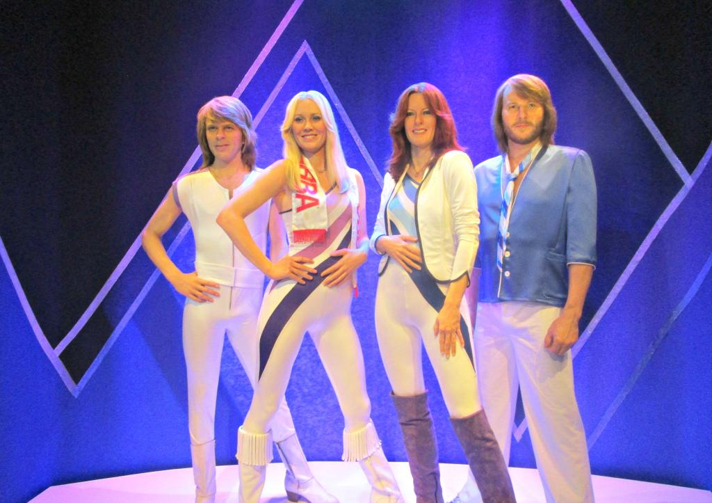 AΒΒΑ. Το συγκρότημα που ξεκίνησε από την Κύπρο και θριάμβευσε στη Eurovision. Ντύνονταν κιτς για να πετύχουν φοροαπαλλαγές