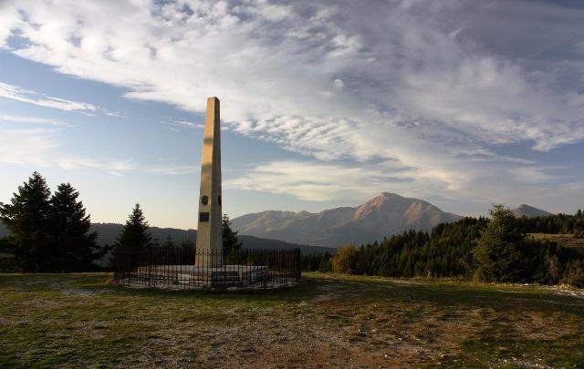 Το μνημείο της μάχης στα Κοκκάλια όπου οι Γαλάτες κατατροπώθηκαν