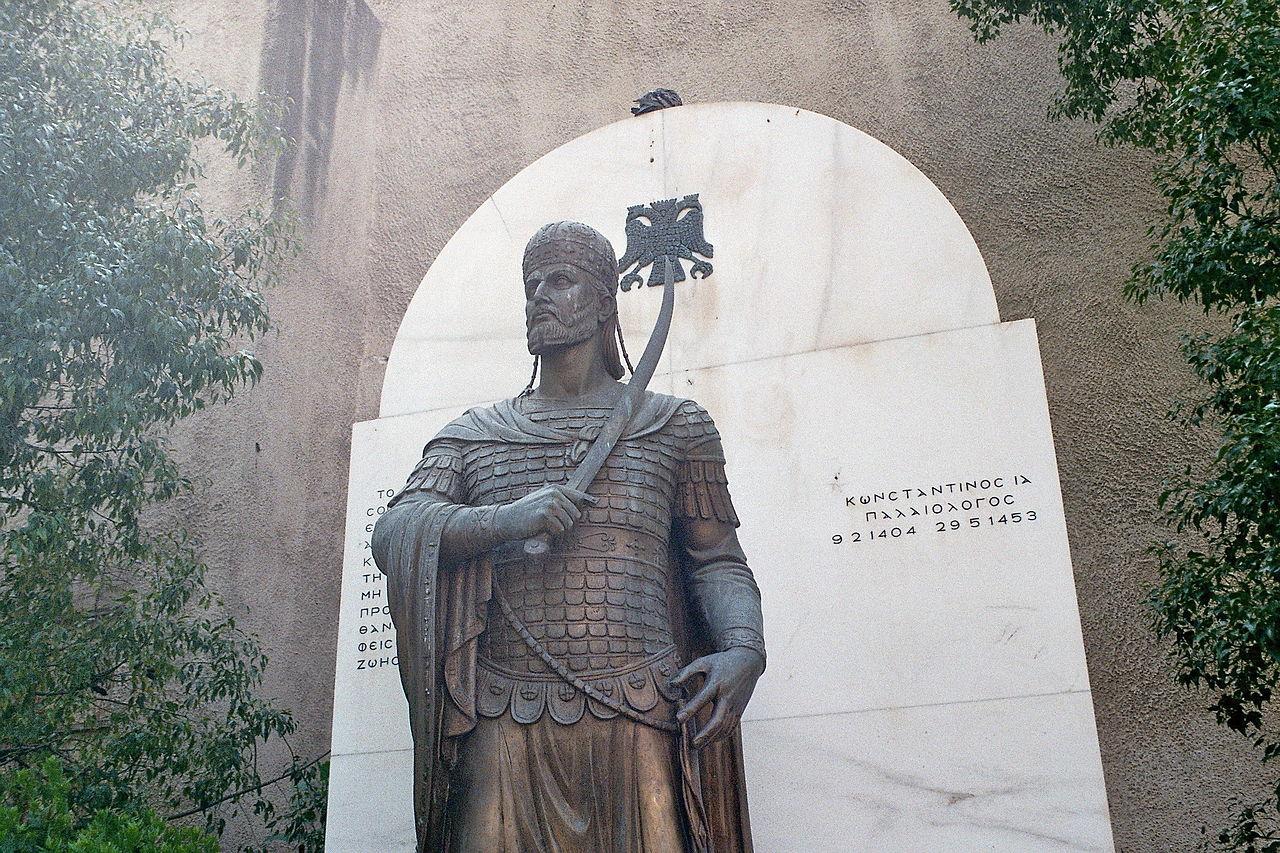 """Οι μοιραίοι γάμοι του Κωνσταντίνου Παλαιολόγου. Και οι δύο σύζυγοι πέθαναν στην εγκυμοσύνη και """"χάλασαν"""" τρία προξενιά που θα ενίσχυαν τη θέση του Βυζαντίου πριν από την Άλωση"""