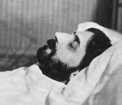 Ο Μαρσέλ Προυστ πέθανε στις 18 Νοεμβρίου του 1922 από πνευμονία.