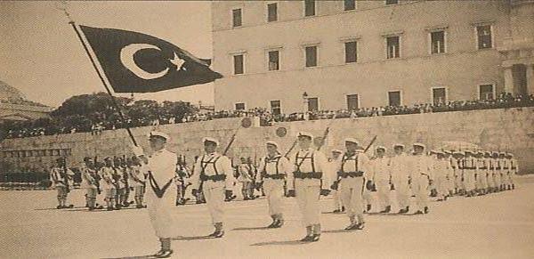 Τουρκικό άγημα παρελαύνει στο Μνημείο Αγνώστου Στρατιώτη; Μια ξεχασμένη ιστορία από την εποχή που ο Ελευθέριος Βενιζέλος πρότεινε για Νόμπελ Ειρήνης τον Κεμάλ Ατατούρκ