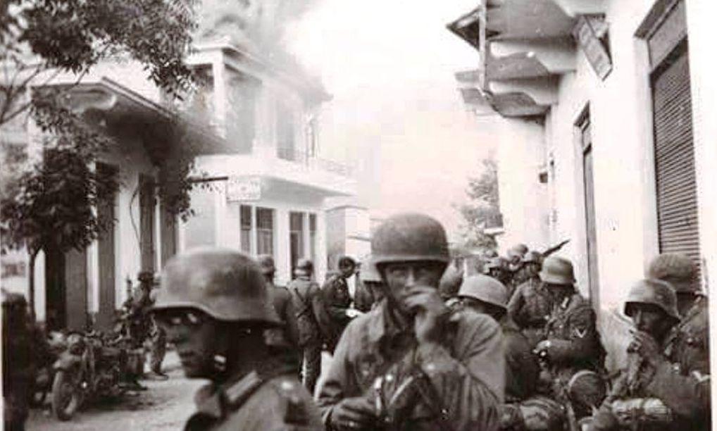 """Το πρώτο χωριό που εκθεμελίωσαν οι Γερμανοί επειδή οι κάτοικοι αντιστάθηκαν στην εισβολή. Κάνδανος: """"Δεν έμεινε πέτρα, κάηκαν άνθρωποι και ζώα"""". (βίντεο με μαρτυρίες)"""