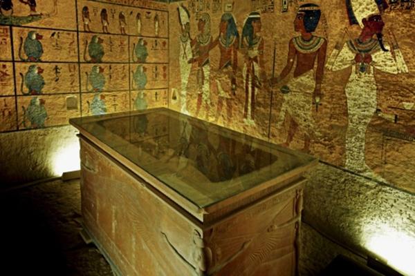 Το εσωτερικό του τάφου του Τουταγχαμών