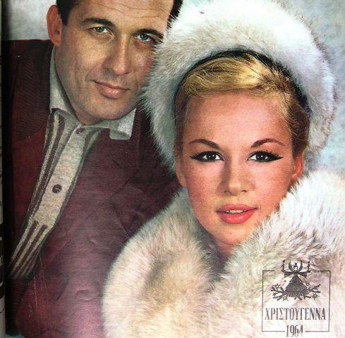 Η Βουγιουκλάκη διαφήμιζε τις γούνες του Χουντάλα τη δεκαετία του '60 απογειώνοντας τη φήμη του. Η Βλαχοπούλου περίμενε τρία χρόνια για μια λεοπάρ, ενώ γούνες φορούσαν ο Βοσκόπουλος και ο Κούρκουλος