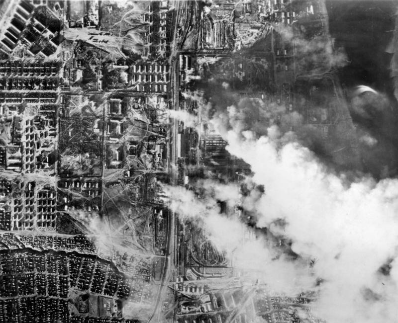 """Η σοβιετική αντεπίθεση στο Στάλινγκραντ. Το δόγμα """"ούτε βήμα πίσω"""" και η αρχή του τέλους για το Γ΄ Ράιχ που κατείχε το 90% της πόλης"""