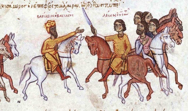 """Βασίλειος Α΄, ο αυτοκράτορας που πέθανε όταν ένα ελάφι τον τραυμάτισε με τα κέρατά του. Πώς """"διαπόμπευσε"""" τους λιποτάκτες του στόλου, ώστε να μην επαναληφθεί το φαινόμενο"""