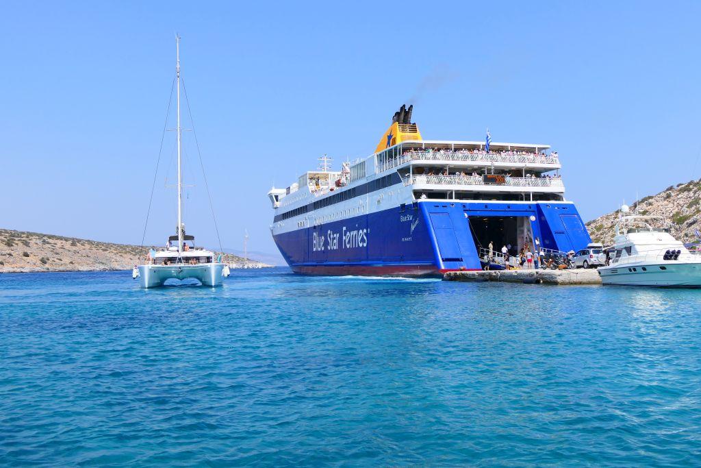 Rapid test στο λιμάνι του Πειραιά για όσους επιστρέφουν από τα νησιά εισηγείται η επιτροπή λοιμωξιολόγων – Το απόγευμα οι ανακοινώσεις