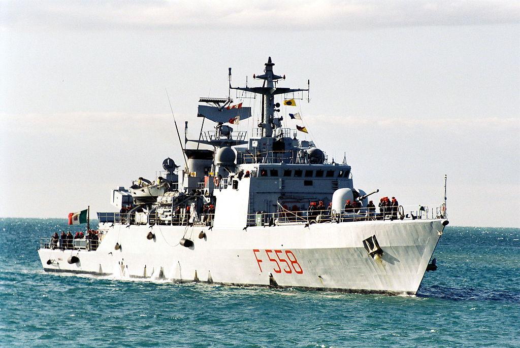 Πρώτα τους εμβόλισαν και μετά συνέλαβαν όσους επέζησαν. Η ναυτική τραγωδία στα στενά του Οτράντο όταν ιταλικό σκάφος έπεσε πάνω σε πλοίο με 120 Αλβανούς μετανάστες