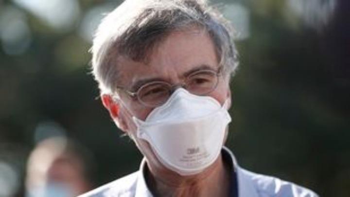 """Σωτήρης Τσιόδρας: """"Έχουν εμβολιαστεί και τα 3 μου παιδιά που είναι από 12 έως 17 ετών"""""""