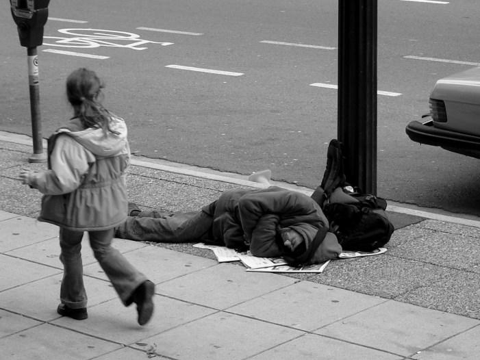 bystander, παρευρισκόμενοι, κινητό, βοήθεια