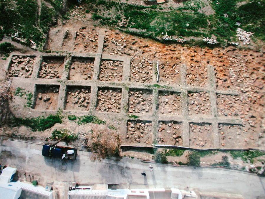 Το μυστήριο με το μεγαλύτερο νεκροταφείο βρεφών της αρχαιότητας στην Αστυπάλαια. Πως το συσχετίζουν με την λατρεία της θεάς του τοκετού και των λεχώνων