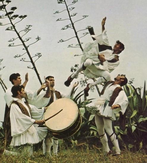O εορτασμός του Πάσχα στη Λειβαδιά τα χρόνια της Τουρκοκρατίας. Το γλέντι των σκλαβωμένων και τα πασχαλινά τραγούδια της Ρούμελης. Πότε αναβλήθηκε ο εορτασμός