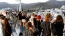 Το αδιαχώρητο το πρωί στο λιμάνι του Πειραιά. Τα νέα μέτρα που ισχύουν από σήμερα – Πώς θα γίνονται οι μετακινήσεις στα νησιά