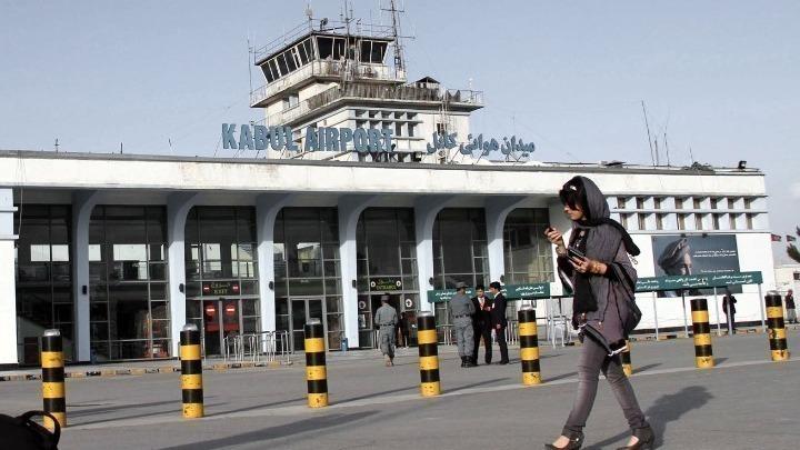 Έκρηξη έξω από το αεροδρόμιο της Καμπούλ. Φόβοι για τρομοκρατικό χτύπημα