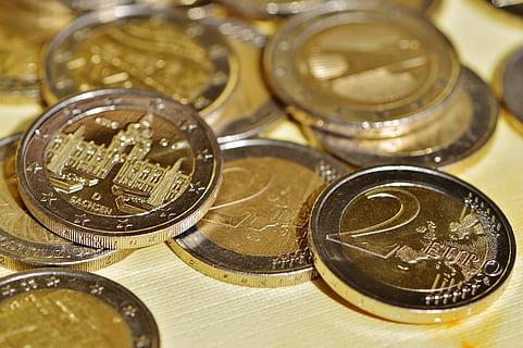 """Χιλιάδες παραχαραγμένα κέρματα σκόπευαν να ρίξουν στην αγορά έξι Κινέζοι. """"Τα παραγγείλαμε ως νόμιμα για να έχουμε ψιλά"""""""