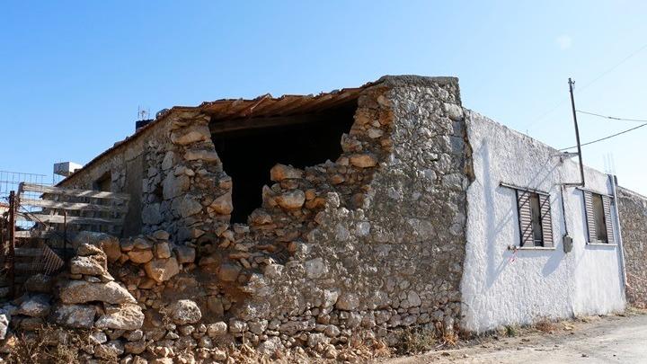 Σεισμός στην Κρήτη. Εικόνες από drone δείχνουν το «βομβαρδισμένο τοπίο» που άφησαν τα 5,8 Ρίχτερ